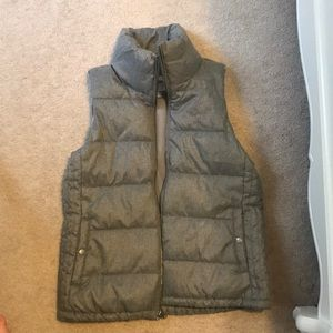 Old navy puffy vest
